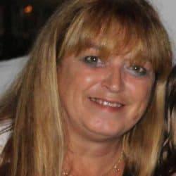 Mme Manon Séguin
