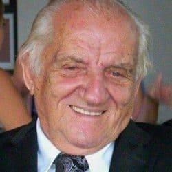 M. Jacques Legault