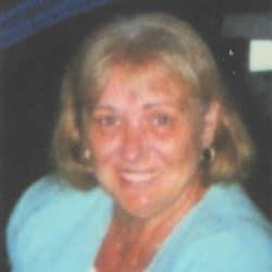 Mme Nicole Laganière née Robinson
