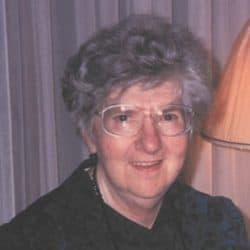 Mme Anne-Marie Carrière
