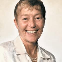Mme Helen Matthews (Preston)