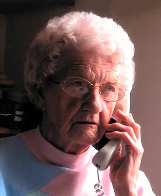 Mme Myrtle Batty (nee Sloan)