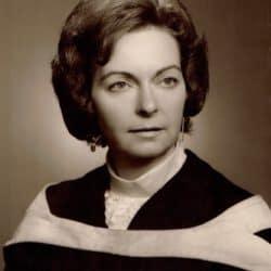 Mme Audrey Madeline Finn (Benjamin)