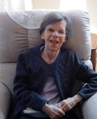 Mme Madeleine Béland (née Dorval)