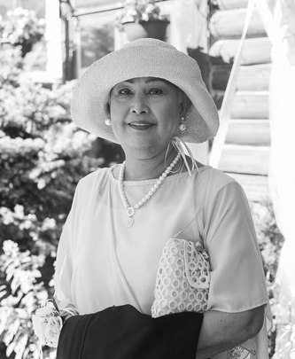 Mme GLORIA PARIAL (ALFARO)