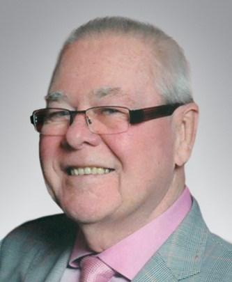 Mr. Robert Dyson