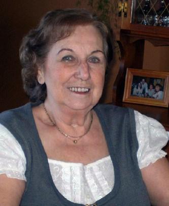Mme Jacqueline Groulx (née Pichette)