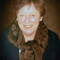 Mme Carol Ann Robert-Roche