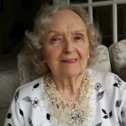 Mrs Ilse Keller (Frei)