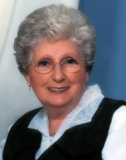 Mme Armande Latraverse Duperron