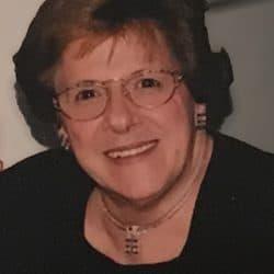 Mme Thérèse Carbonneau Jolicoeur
