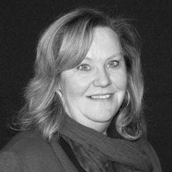 Mme Ellen Lynn Thomson