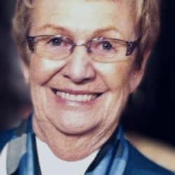 Mme Rita Claude Blondeau