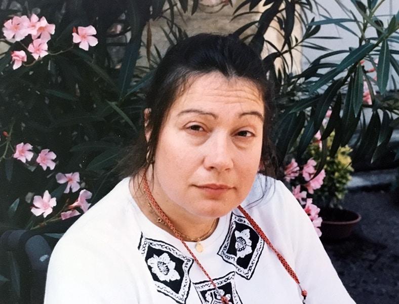 Mme Monique Deslauriers