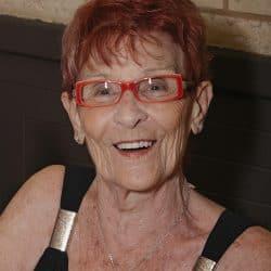 Mme Rita McKercher née Viau