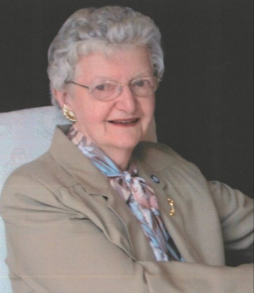 Mme Lucienne Leblanc. née Levac