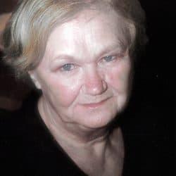 Mme Suzanne Domon née Chassé
