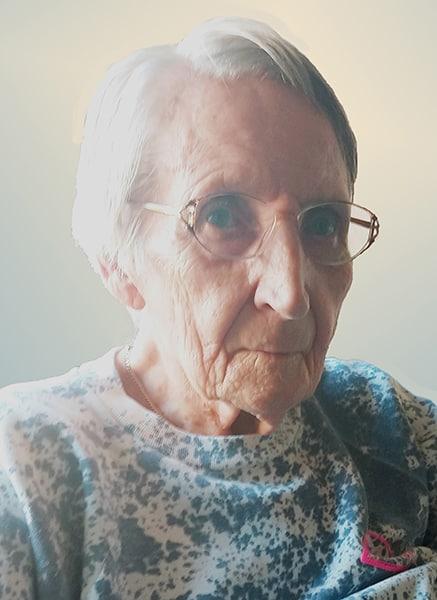 Mrs. Géraldine Legault