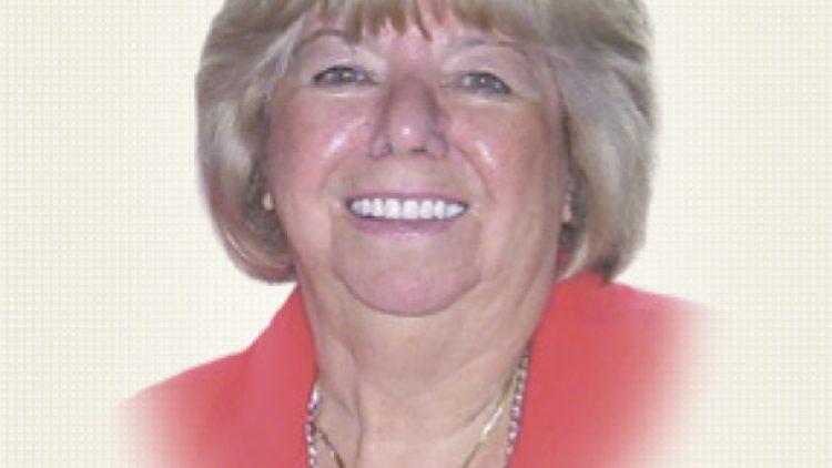 Mme Colette Ross Dextras