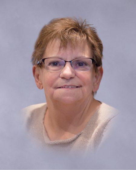 Mme Anne-Marie Paré